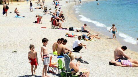 Bodrum'da normalleşme hızlı başladı, sahillere akın ettiler