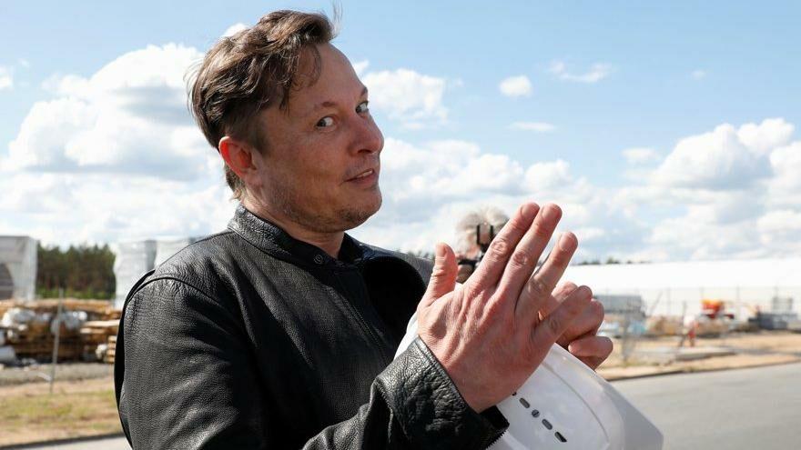 Elon Musk, en zengin listesinde geriledi: Serveti eridi