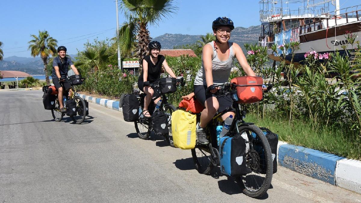 İsviçreli aile bisiklet turu için 22 defa Türkiye'ye geldi, sıra çocuklarında