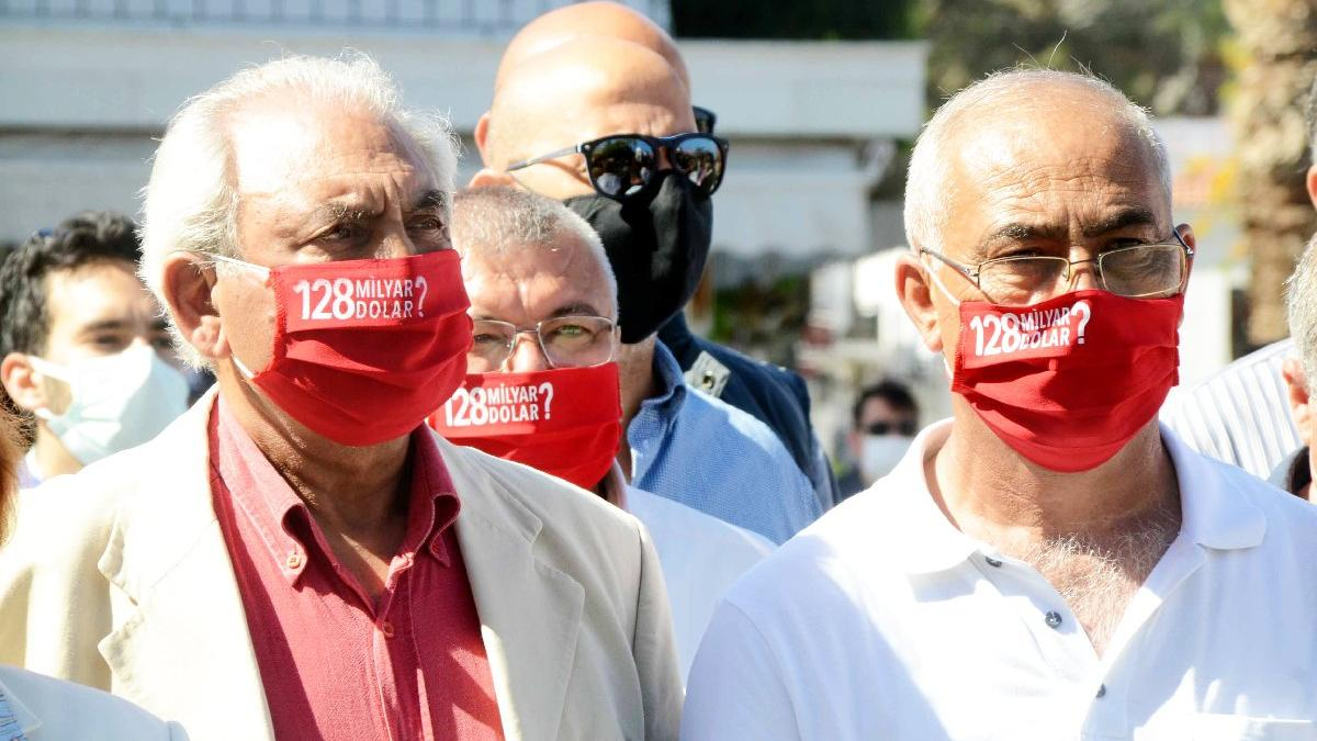 '128 milyar dolar nerede?' maskeleriyle törene katıldılar?
