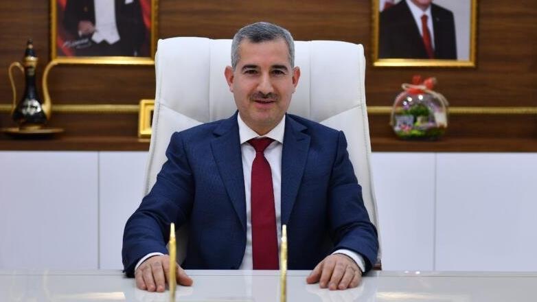 AKP'li başkandan 'gri pasaport' skandalıyla ilgili pişkin savunma