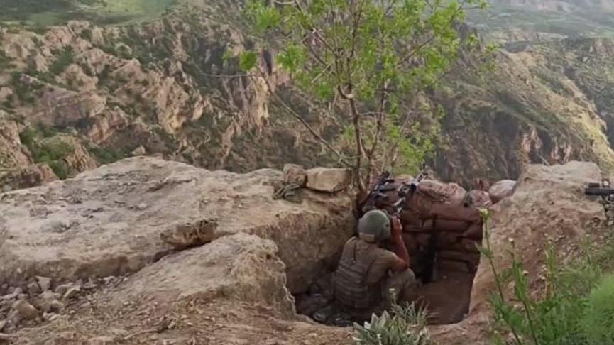 MSB: Terör örgütü PKK'ya ait çok sayıda silah ve mühimmat ele geçirildi