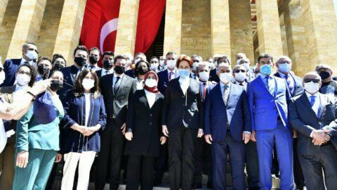 Meral Akşener, Anıtkabir'i ziyaret etti