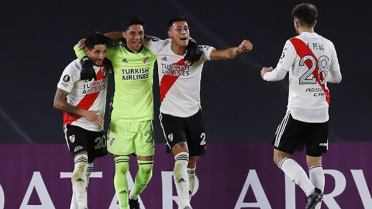 River Plate'den efsane zafer! Kalecisiz ve yedek oyuncusuz