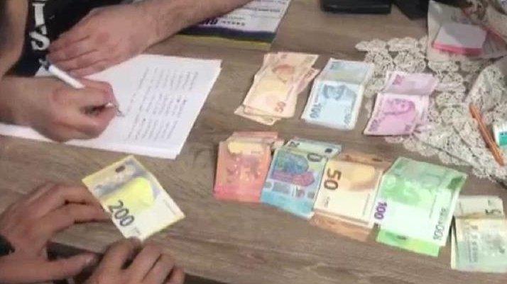 İzmir'de FETÖ'nün gaybubet evlerine operasyon