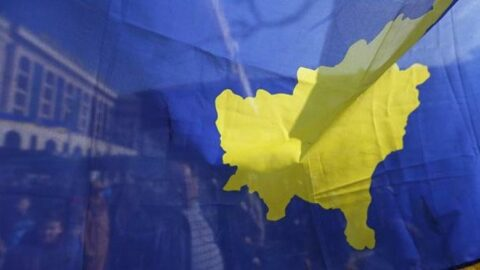 Kosova'da 'büyükelçi' depremi