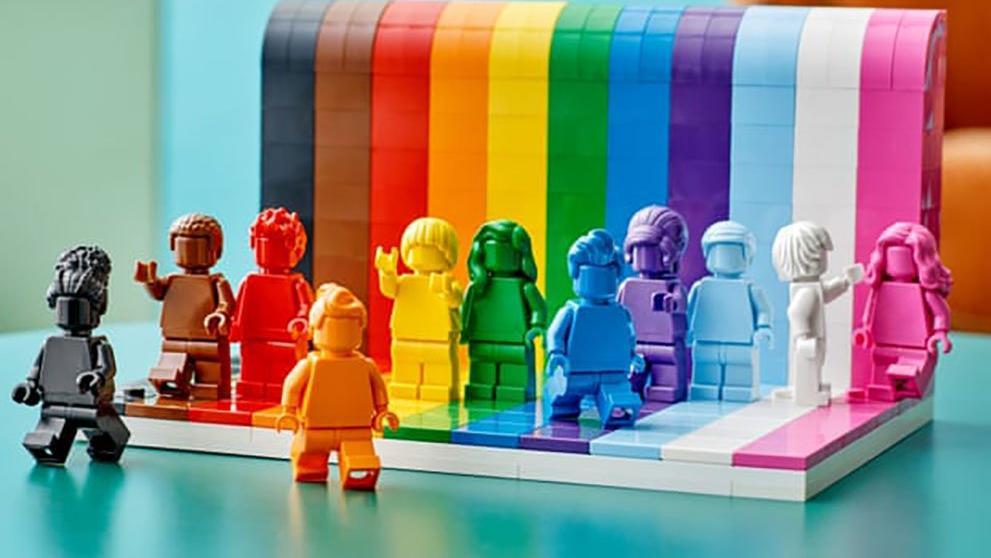 Lego'dan LGBT toplumu için ilk oyuncak serisi