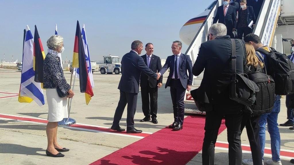 Almanya Dışişleri Bakanı resmi temaslar için İsrail'e gitti