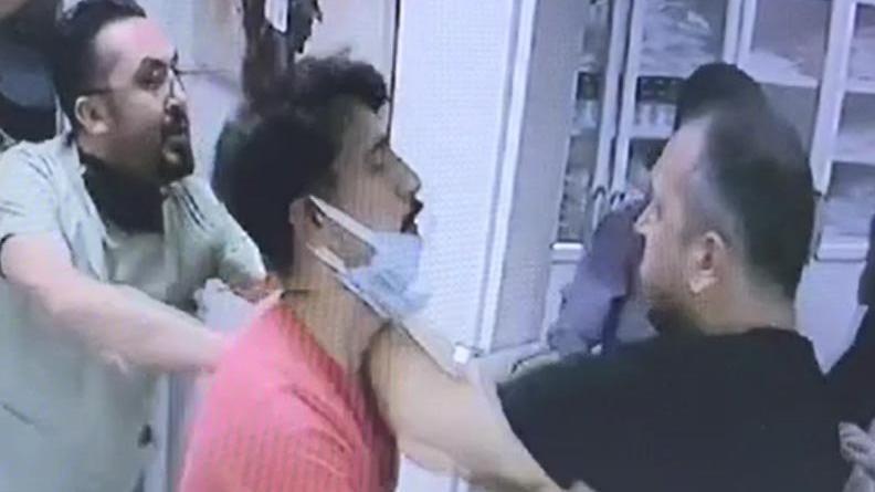 Çocuğu ağlattı diye iğne yapan hemşireyi dövdü, doktora saldırdı