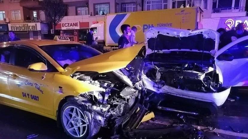 Şehir merkezinde zincirleme kaza