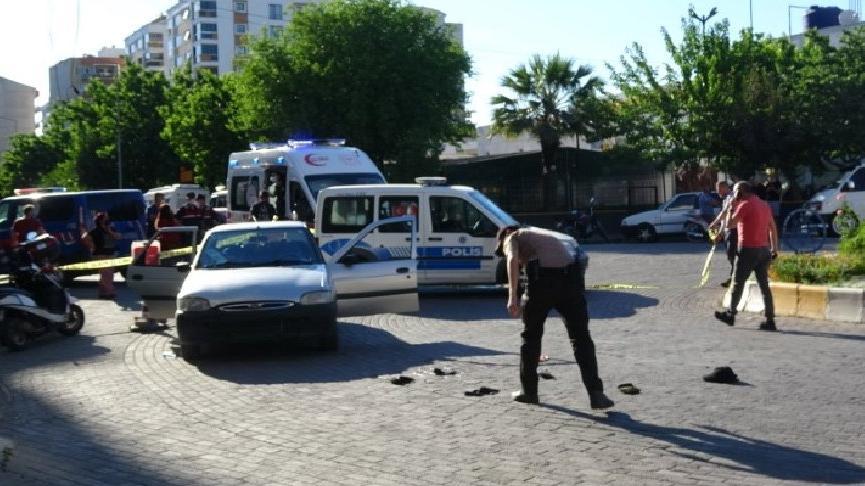 Husumetli iki grup arasında silahla kavga: 2 yaralı