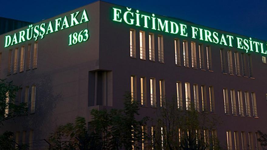 Türkiye'nin dört bir köşesine bilgileriyle ışık saçıyorlar