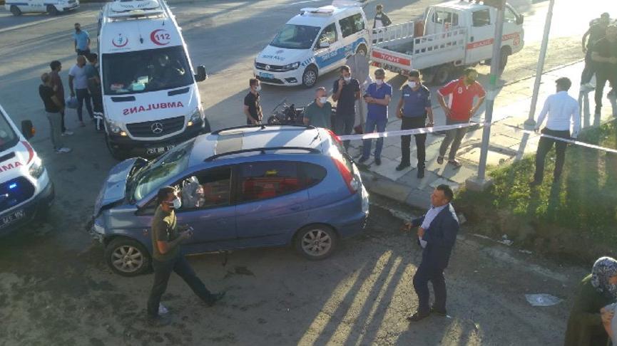 Elazığ'da üç aracın karıştığı kazada 14 yaralı
