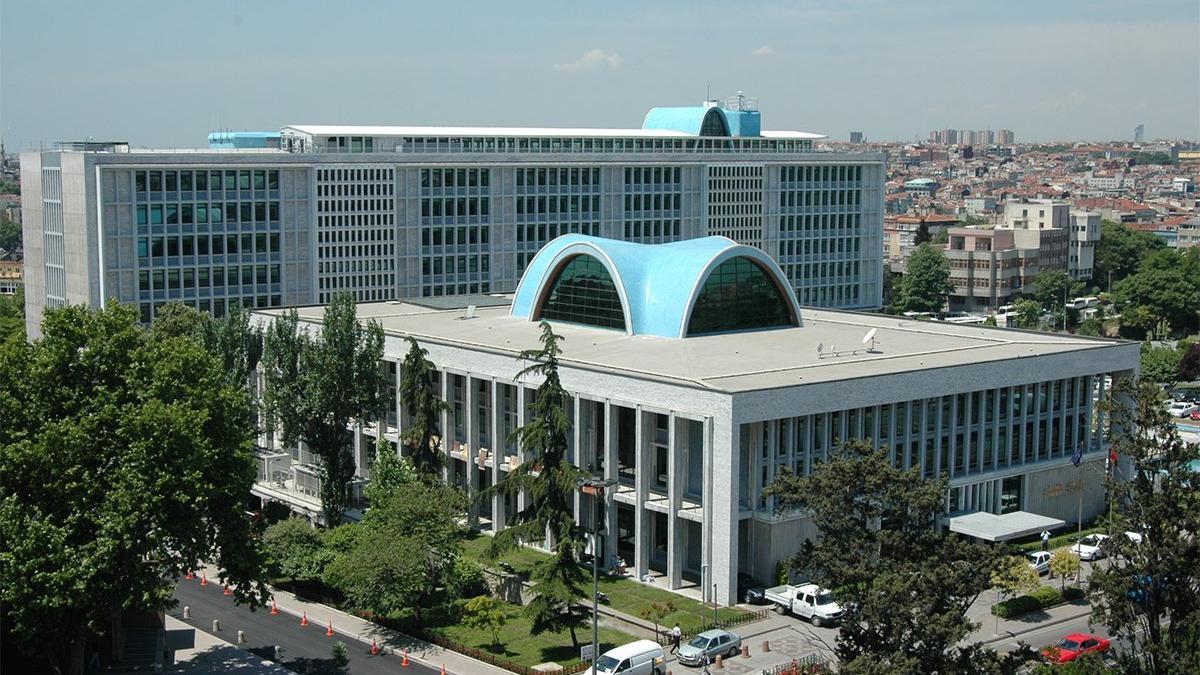 İBB'nin TÜRGEV kararını mahkeme iptal etti, yurt binaları kiralık çıktı