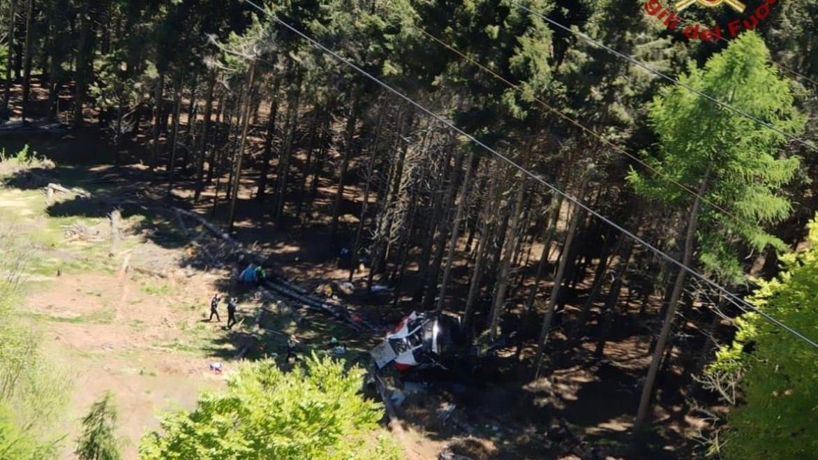 İtalya'da teleferik kazası: Çok sayıda ölü var