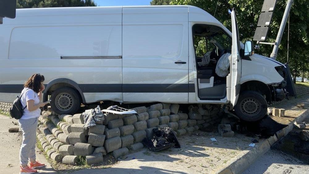 Zeytinburnu'nda akıllara durgunluk veren kaza