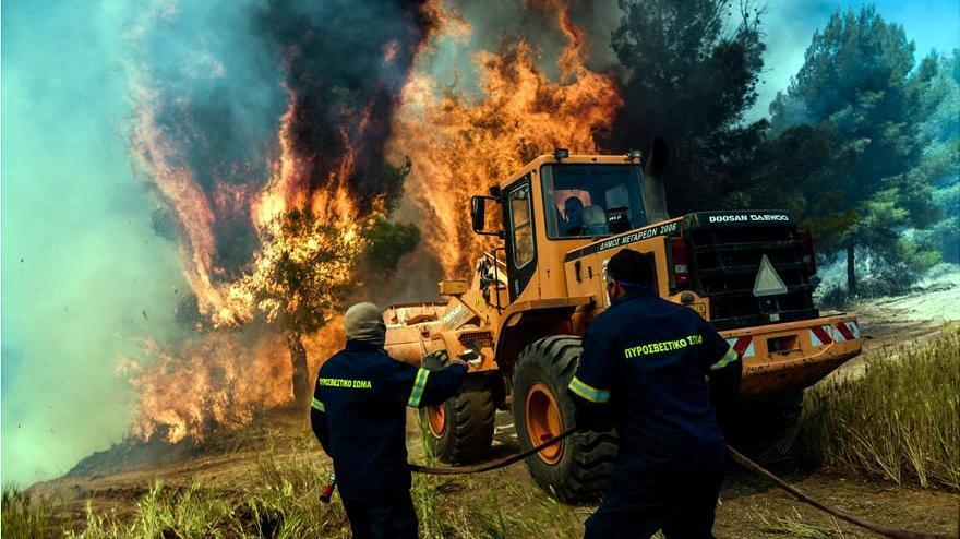 Yunanistan'da 4 günlük yangının bilançosu ağır oldu