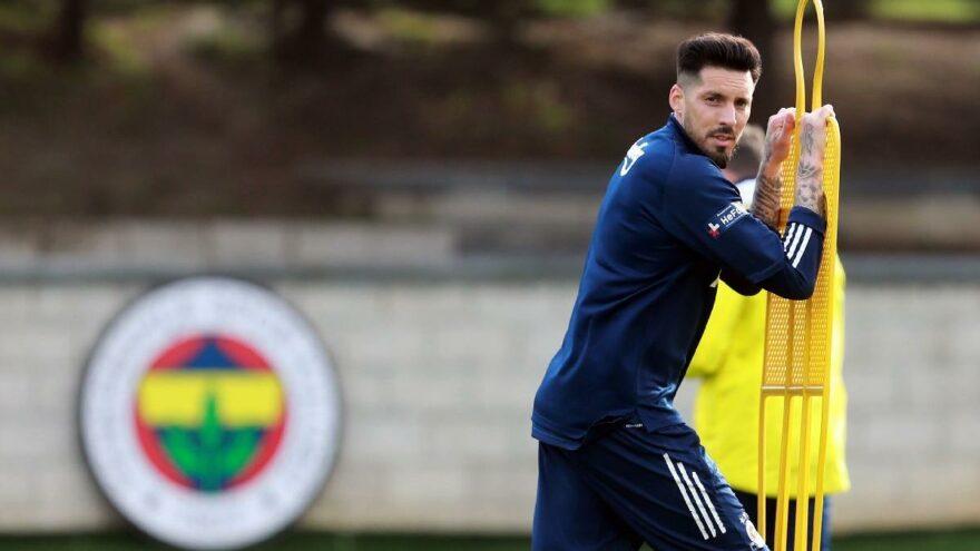 Fenerbahçe'de Jose Sosa gelişmesi! Başkan Ali Koç çağırdı, tatili yarım bıraktı…