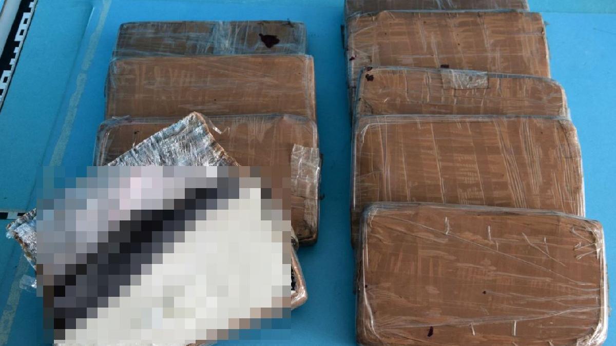 Organik atık konteynerinden kokain çıktı