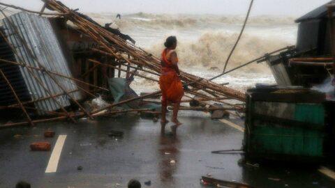 Hindistan'da felaketler peş peşe: Tauktae'den sonra Yaas vurdu