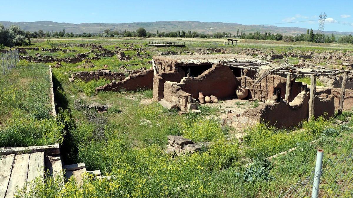 Kültepe'deki kazılarda dini inanç sembolleri açığa çıkıyor