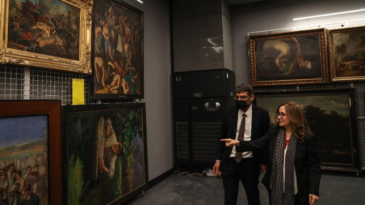 'Resim ve Heykel Müzesi'nde 42 eser çalındı ya da sahtesiyle değişti'