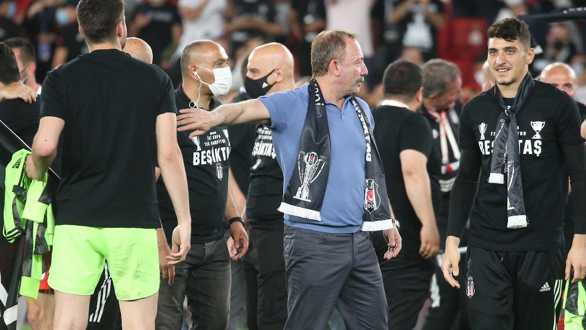 Beşiktaş'ta Sergen Yalçın ile imza günü 2 Haziran