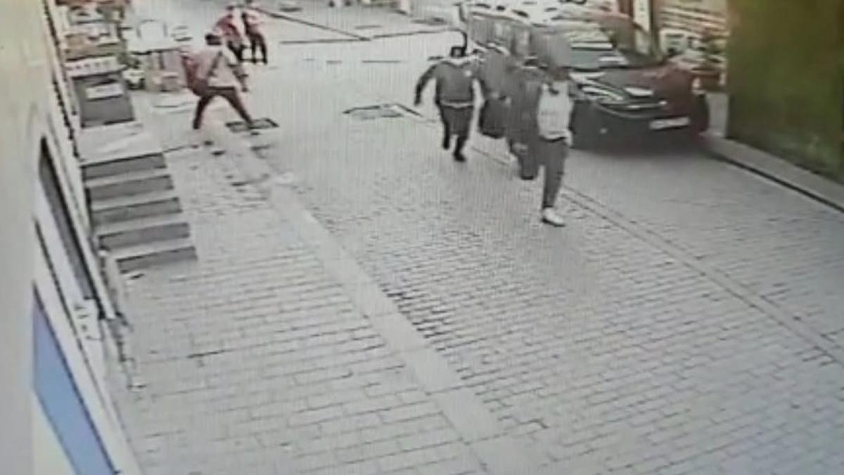 İstanbul'da soygun! Hırsızlardan 3'ü polis çıktı