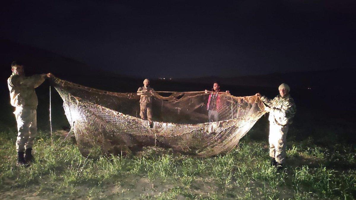 Van'da kaçak avlanan 16 ton 200 kilo inci kefali ele geçirildi