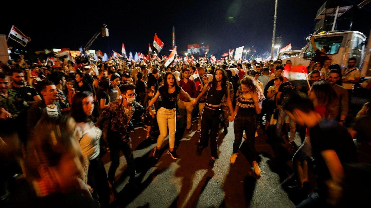 Batılı ülkeler seçimler hileli dedi… Esad yüzde 95'le 4. kez zafer ilan etti
