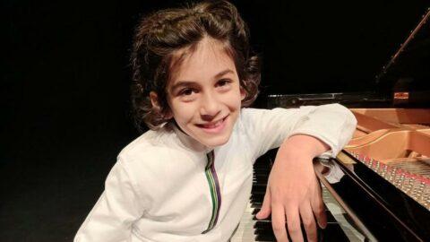 4 yaşında piyano çaldı, 7 yaşında ödül aldı