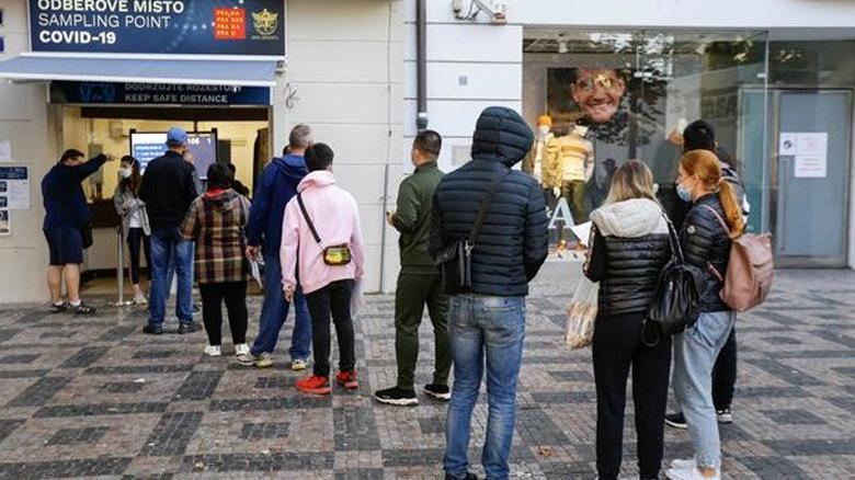 Çekya'da corona önlemleri kaldırılıyor
