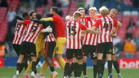 Premier Lig'e yükselen son ekip Brentford oldu! Ayew'li Swansea yıkıldı..