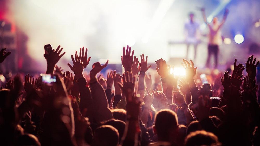 Toplu etkinlikler için hızlı test formülü: Yüzlerce kişilik konserde sıfır vaka