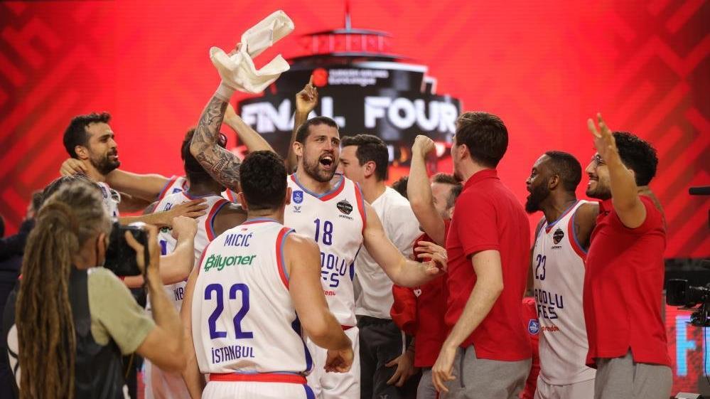 Anadolu Efes'in ikinci Avrupa Kupası