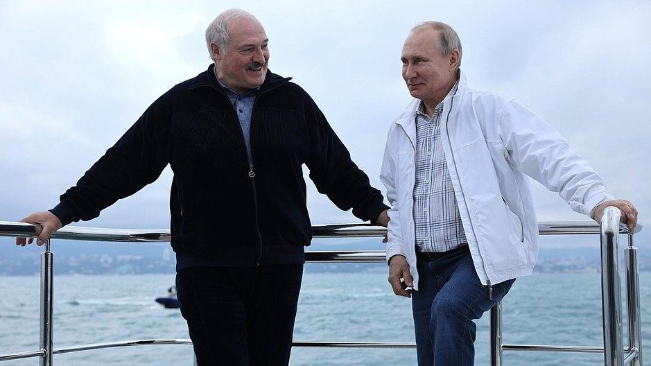 Putin ve Lukaşenko, muhalif gazeteci krizini görüştü