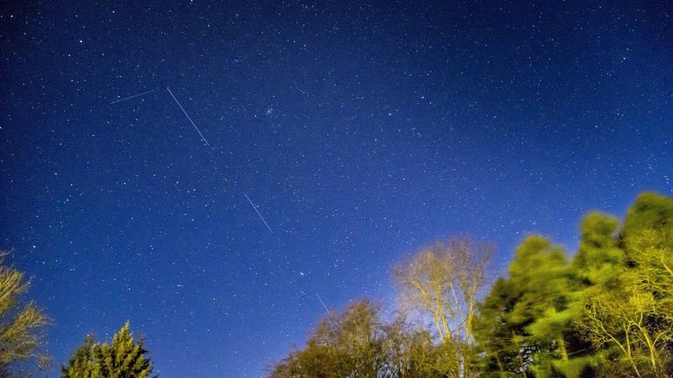 Uzay meraklısı, Starlink uydularını takip eden web sitesi yaptı
