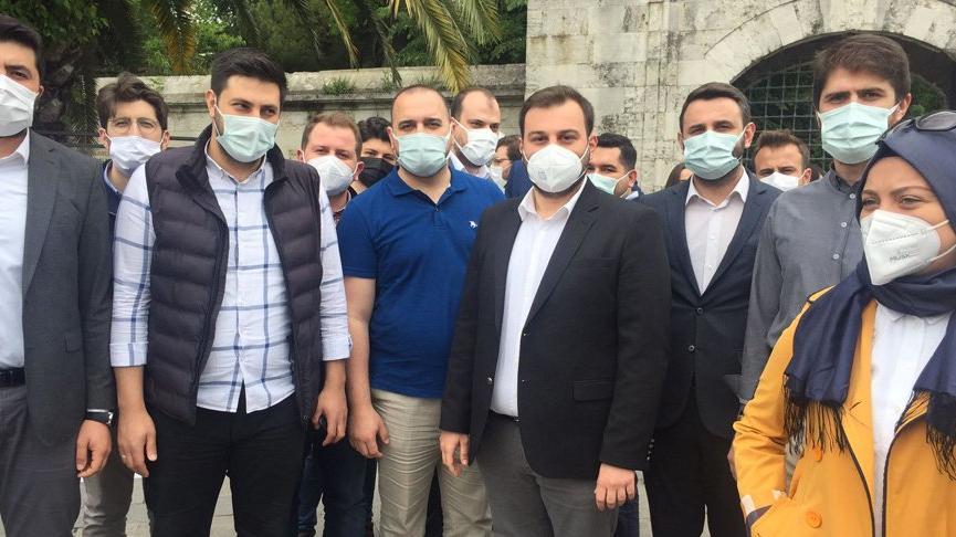İBB'nin tatlı alımını protesto eden AKP'liye önceki İBB yönetimi, lüks araç tahsis etmiş