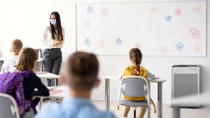 Bakan Koca açıkladı! Tüm öğretmenler aşılanacak