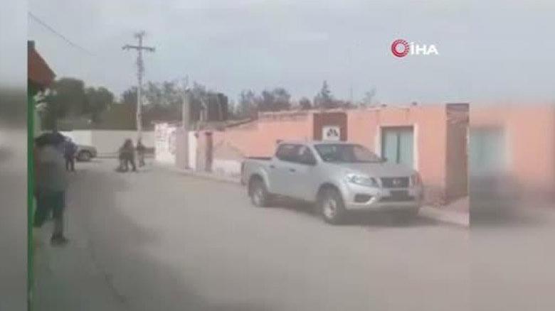 Meksika'da kadın belediye başkanı adayına silahlı saldırı anı kamerada