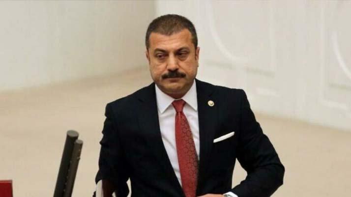Bloomberg: Kavcoğlu'nun Erdoğan'a direnmesi zorlaştı