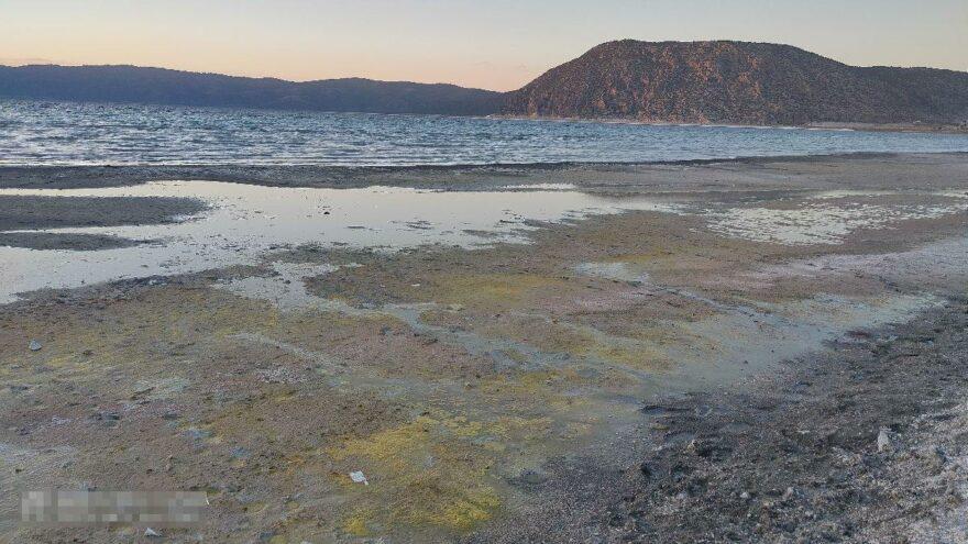 Salda Gölü Koruma Derneği'nden kirlilik tepkisi: Kanalizasyon suyu göle akıyor