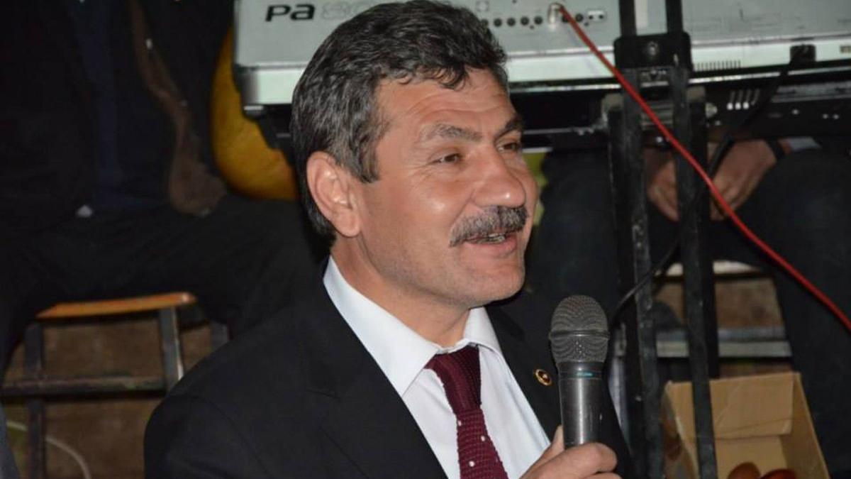 AKP'li eski vekil seçmeni ikna etmenin yolunu açıkladı: Paraya ihtiyacı olan varsa para verin
