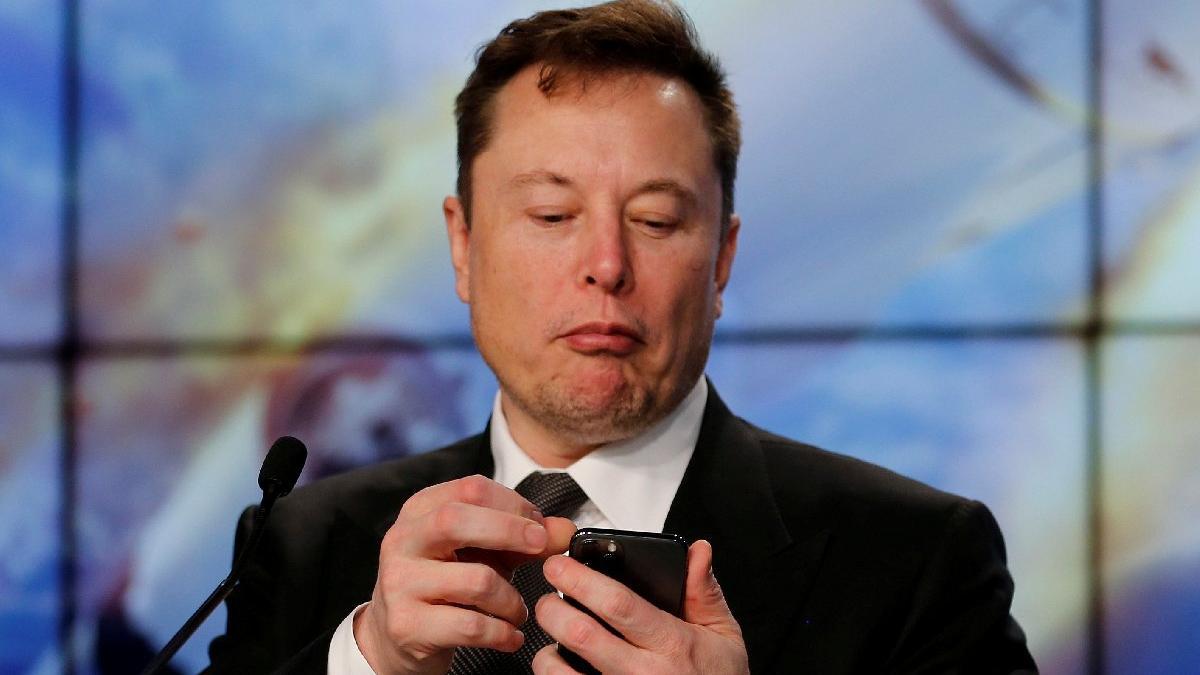 Elon Musk kırık kalp emojisi paylaştı, Bitcoin sert düştü