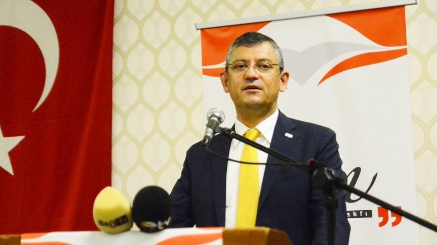 CHP'li Özel'den 'mafyadan 10 bin dolar alan siyasetçi' çağrısı