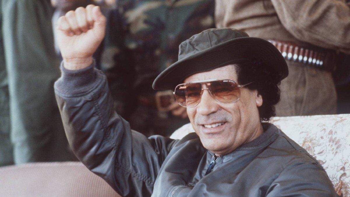 Kaddafi'nin saklanan uçağı bakım için İstanbul'a geldi