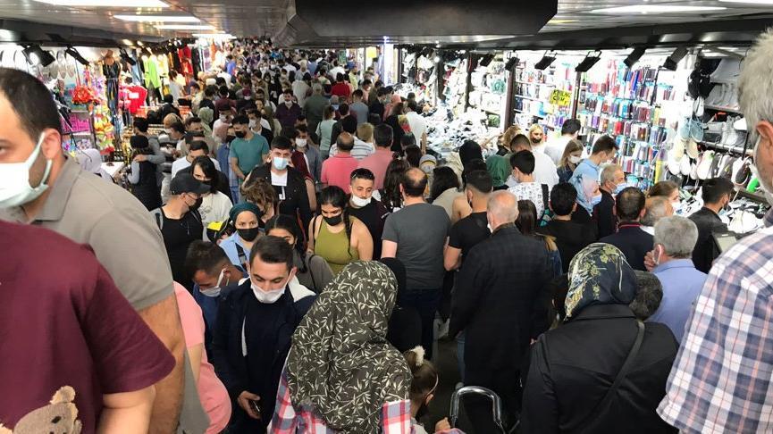 İstanbul'da vatandaşlar yoğunluk oluşturdu