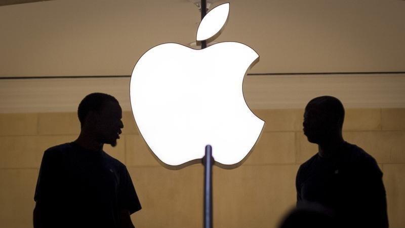 Apple çalışanları Tim Cook'a isyan etti