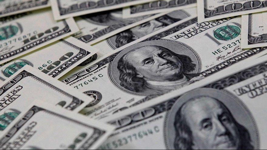 Zirvedeki dolar enflasyonu körükler