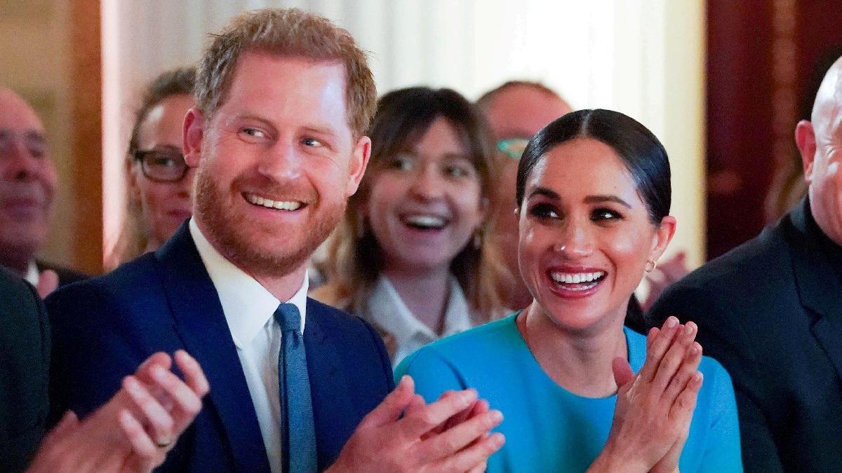 Buckingham Sarayı'ndan Harry ve Meghan'a tebrik